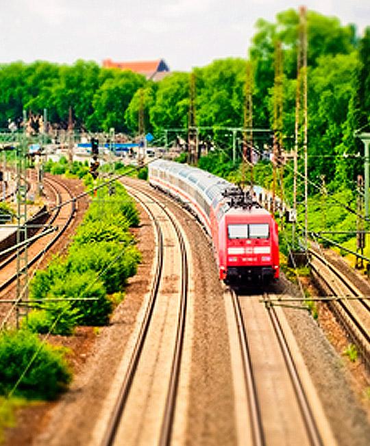 Diálogo sobre Infraestructuras Ferroviarias para una Movilidad Inteligente y Segura